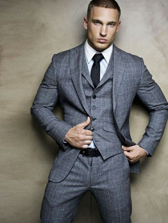 When to wear a 3-piece suit? – LGFG Fashion House