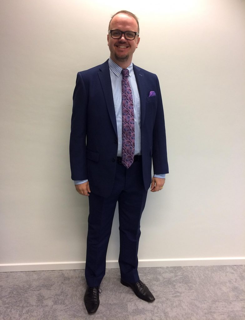 Page 3 Lgfg Fashion House Andrew Smith Slim Fit Chinos Navy 33 Kris Somers From Utc Fire Securities Was Ready To Start A New Year With Office And Suit He Chose Classy
